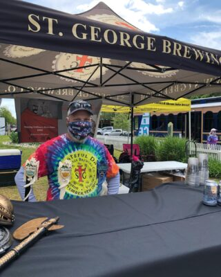 Come support #relayforlife in @yorktown_va @stgbeer will be pouring #greatbeer until 9pm #livemusic all day Don't miss @blindanddirtyband #slayingordinarybeersince1998 #bloodyfinebrew #craftbeers #beerfestival #music #outdoormusic #supportlocalbusiness #supportlocalbreweries #larryslemonade🍋