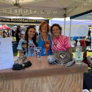 These ladies are ready to pour you some amazing brews on this beautiful day @757battleofthebeers is happening now! Join us. We are so happy to be raising money for @stjude ! #beerfest #beerfestival #supportlocal #drinklocal #craftbeer #slayingordinarybeersince1998 @michellevenzke @emilybemilybooo @jamidyess @veermagazine